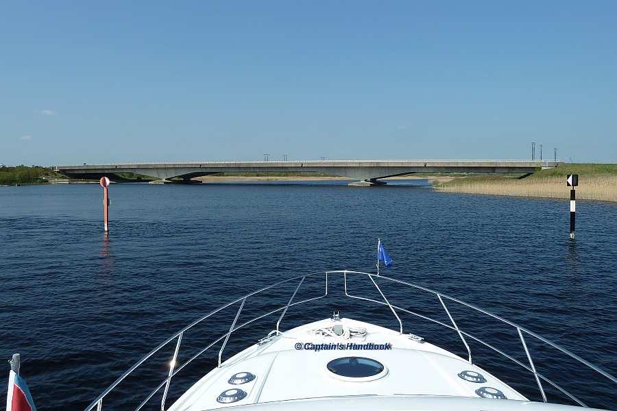 Athlone By Pass Bridge;© Captain's Handbook