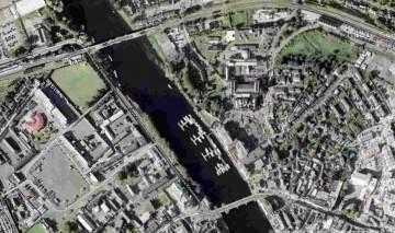 "Athlone Marina © esri;; click picture to esri maps ""Custume Barracks"""