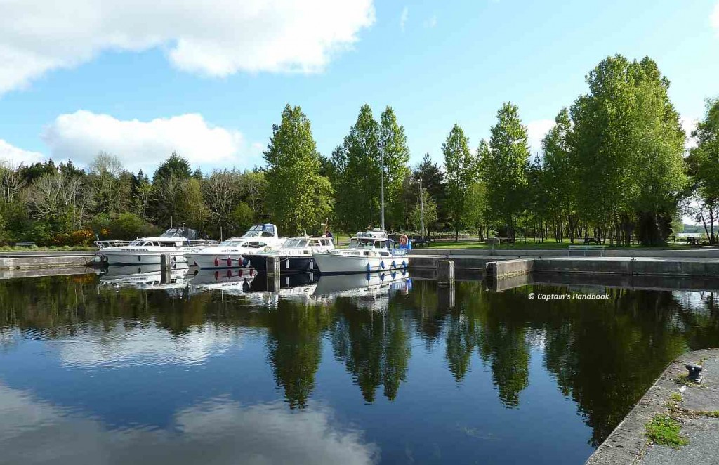 "Click picture to ""Mooring spaces on Lough Derg"""