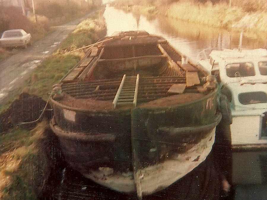 """""""4E"""" am Lock 13 Grand Canal; © Joe Tracy"""