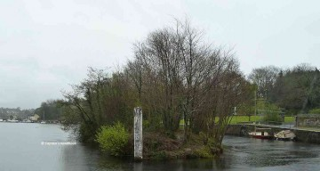"""Killaloe Canal North entrance; click picture to """"enlarge"""""""