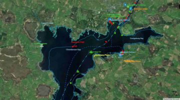 Terryglass Harbour and Town © esri; click picture to Lough Derg Map