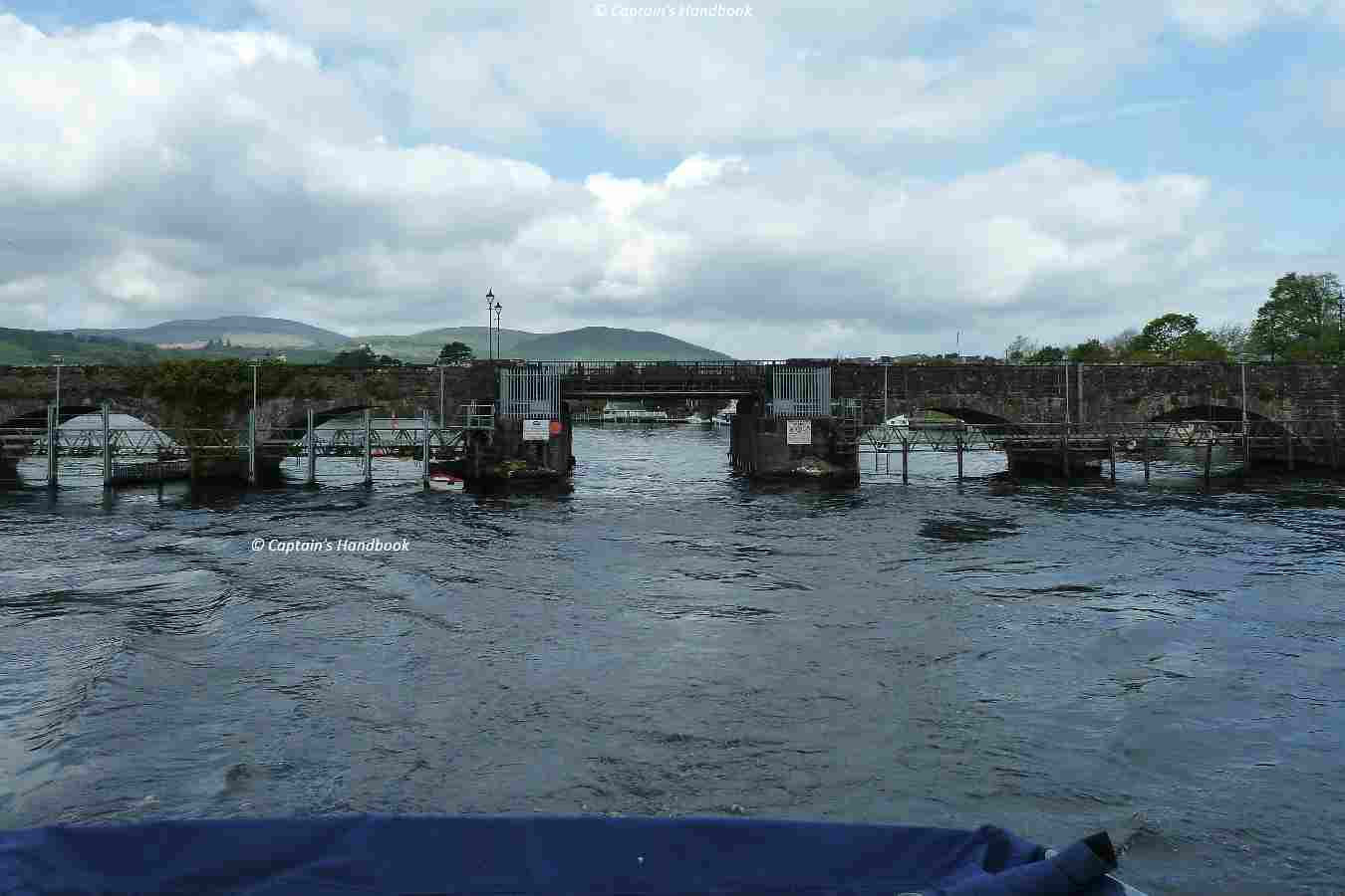 Killaloe-Ballina Bridge upstream
