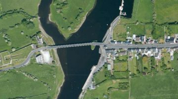 "Shannonbridge; © esri; click to Arcgis Map ""Bord na Mona Railway Bridge"""