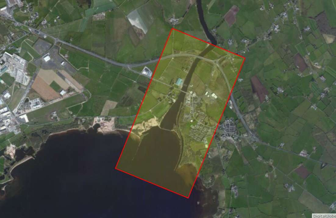 "Lough Neagh Entrance and Toome  Canal; © esri; click to ""Lough Neagh Entrance and Toome  Canal Map """