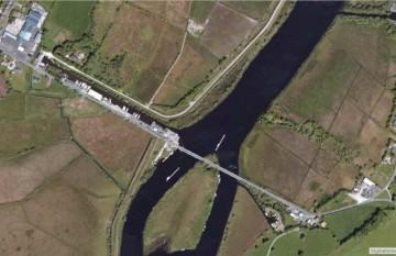 """Portumna, Swing Bridge; © esri; click to Arcgis Map """" Portumna, Swing Bridge"""""""