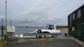Quay on Green shed fishing club Kilgarvan; © chb; click to Green shed fishing club Kilgarvan
