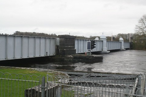 Portumna-Bridge ( Foto by Brain J. Goggin)