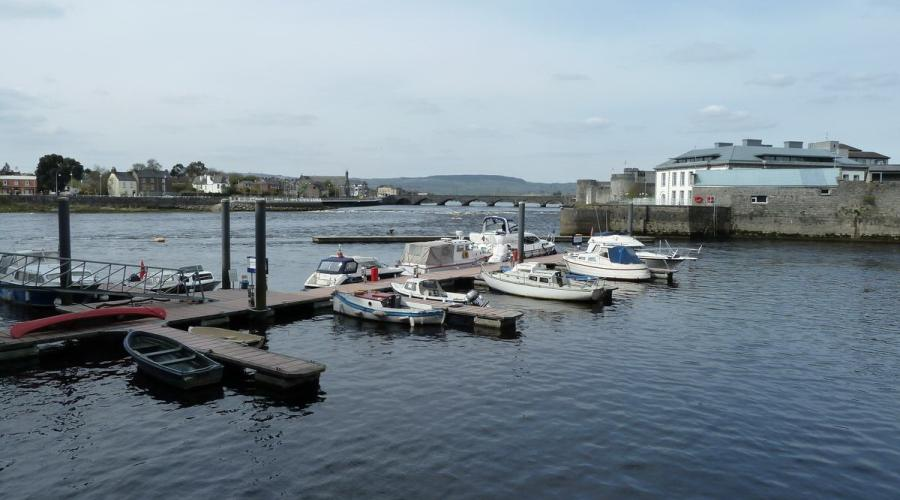 Custom House quay and Thomond Bridge
