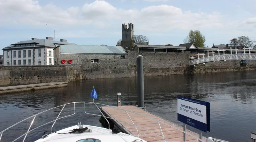 Custom House Quay and Sylvester O'Halloran Foot Bridge