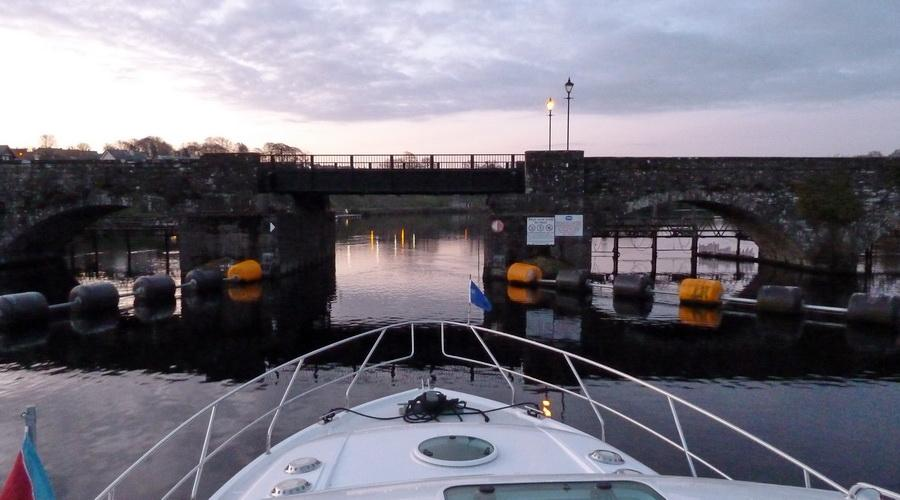 Killaloe Bridge in the morning