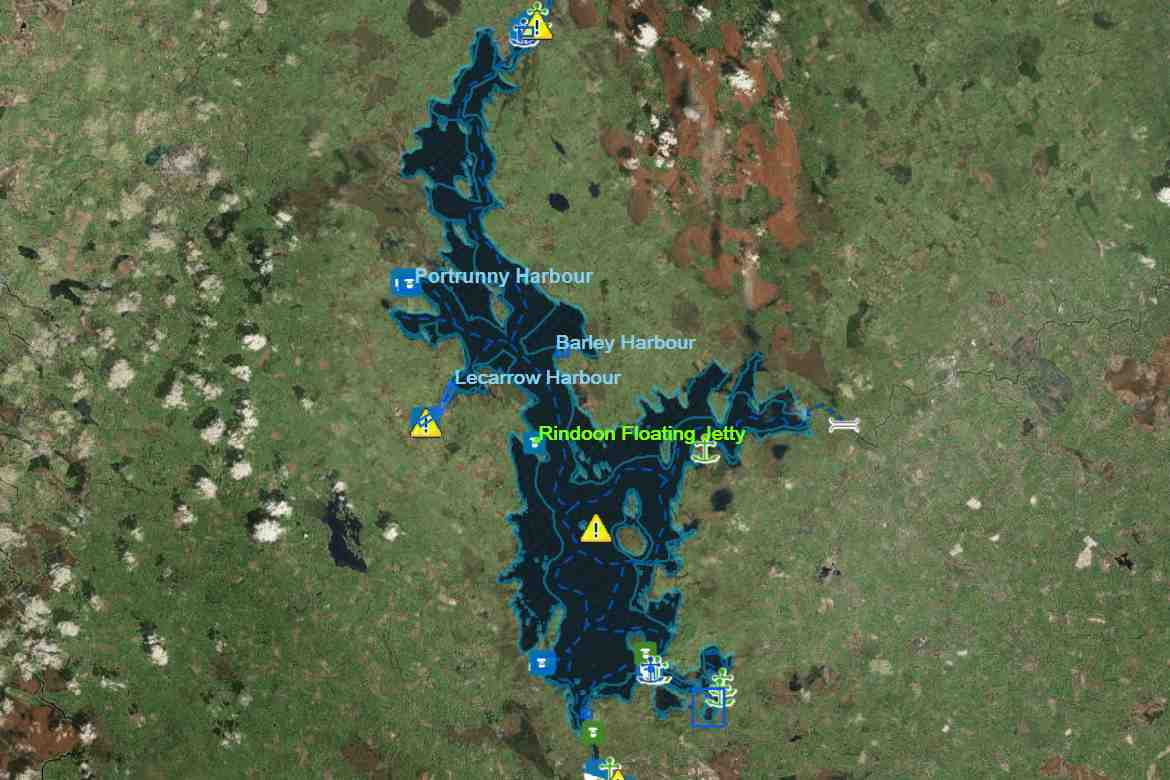 Lough Ree; © esri; click to Esri Map Lough Ree