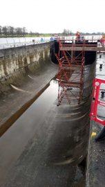 Athlone lock - Inside; © Waterwaysireland ;click to enlarge