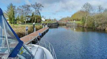 Albert Lock Jamestown Canal Jetty © chb