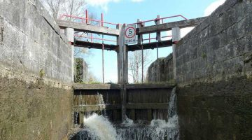 Lough Allen Canal Drumleague Lock© chb click picture to enlarge