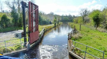 Lough Allen Canal Footbridge © chb click picture to enlarge