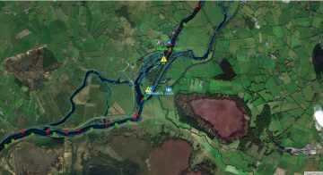 """Victoria Lock and Weir Meelick; © esri; click picture to """"Arcgis Map"""""""