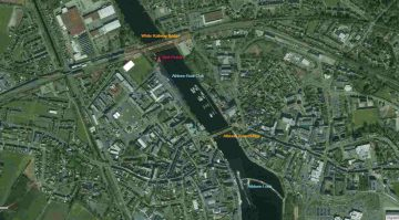 "The Big Meadow © esri; click picture to esri maps ""Athlone Lock © esri"""