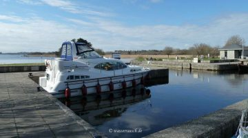 Portumna Castle Harbour; © CHB