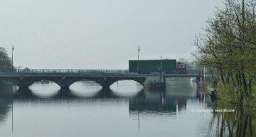 Tarmonbarry Bridge;© Captain's Handbook