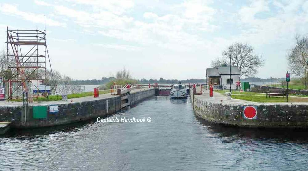Tarmonbarry Lock; © CHB