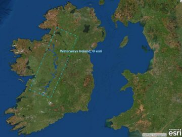 Link Inland Waterways-Ireland Map:© esri