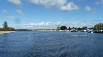 Athlone Wansboro Field on starboard side  © chb
